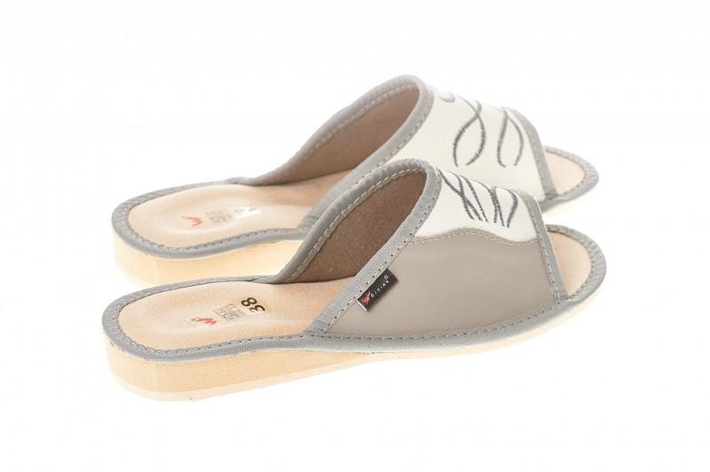 Pantofle damskie model 072 - 2