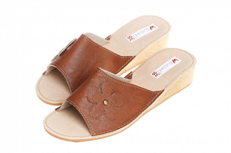 Pantofle damskie model 110 - 3