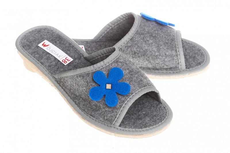 Pantofle damskie model 118 - 1