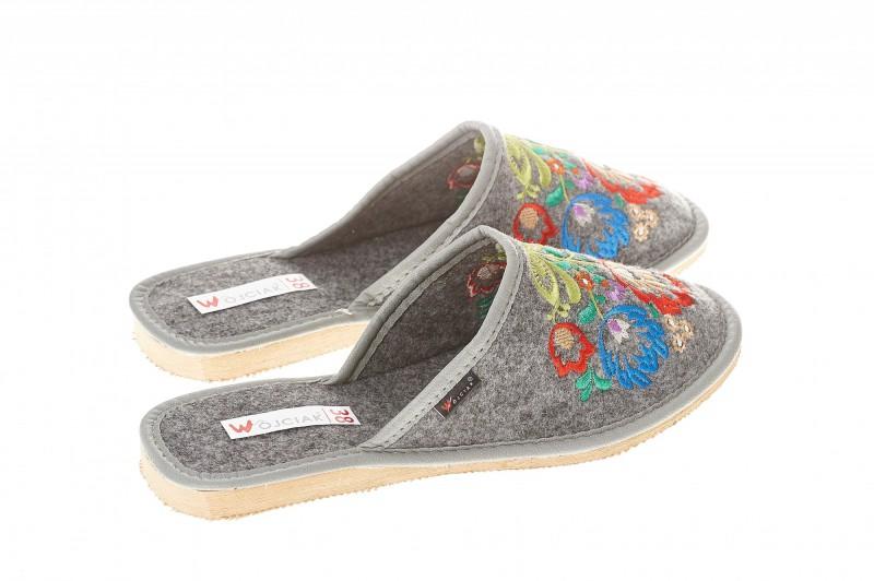 Pantofle damskie model 126 - 2