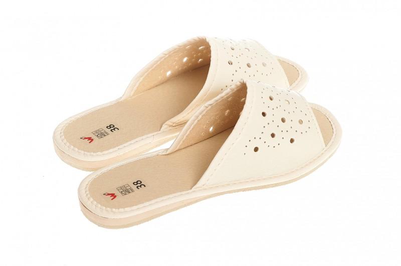 Pantofle damskie model 134 - 2