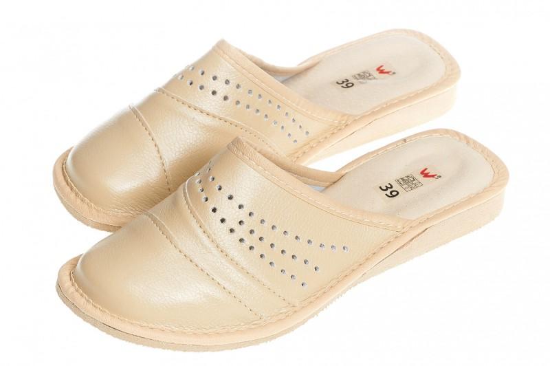 Pantofle damskie model 145 - 3