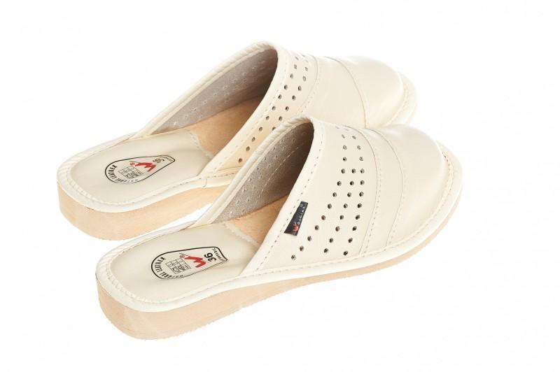 Pantofle damskie model 147 - 2