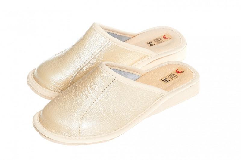 Pantofle damskie model 154 - 3