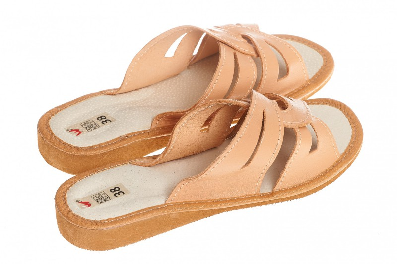 Pantofle damskie model 173 - 2