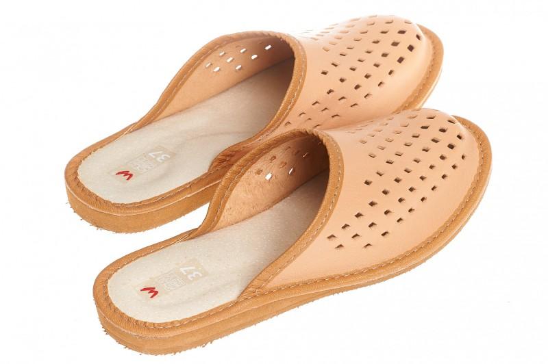 Pantofle damskie model 181 - 2