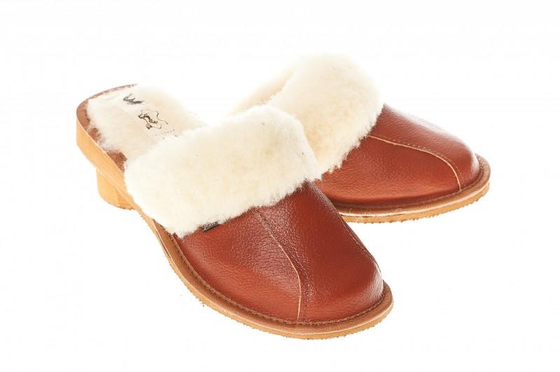 Pantofle damskie model 200 - 1