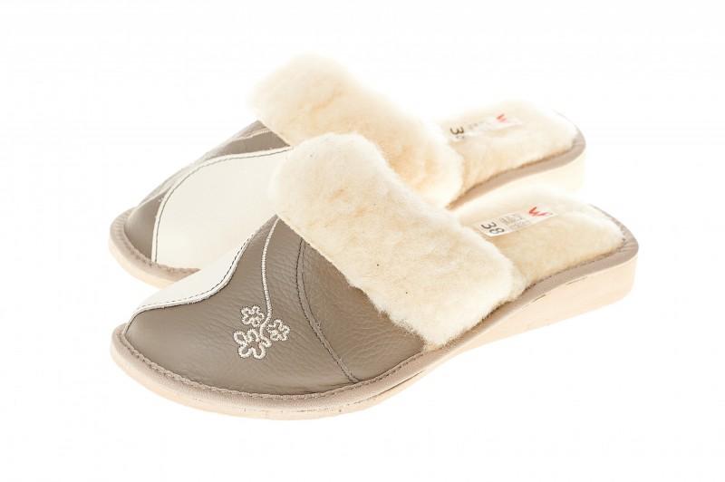 Pantofle damskie model 205 - 3