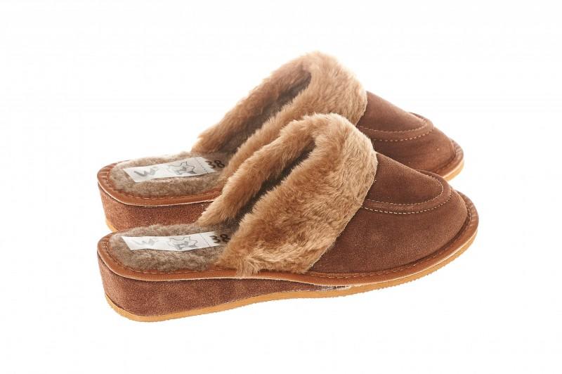Pantofle damskie model 210 - 2