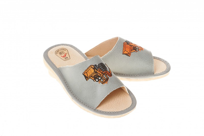 Pantofle dziecięce model 317 - 1