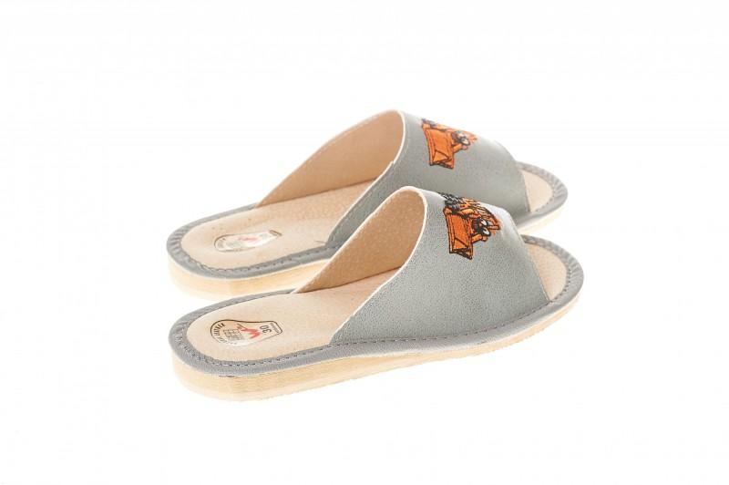 Pantofle dziecięce model 317 - 2