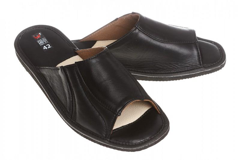 Pantofle męskie model 241 - 1