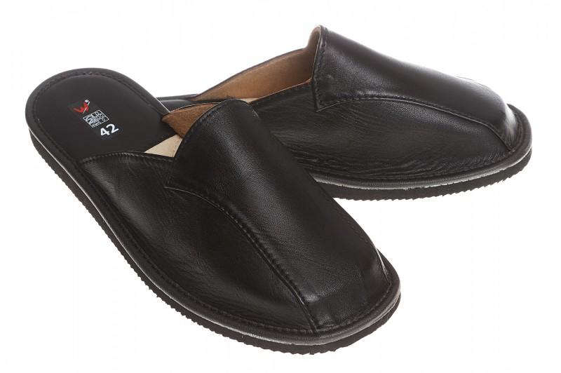 Pantofle męskie model 242 - 1