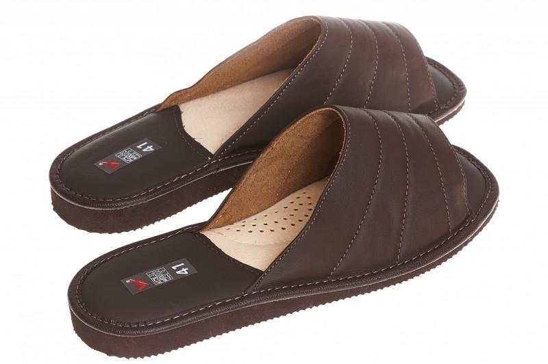 Pantofle męskie model 243 - 2