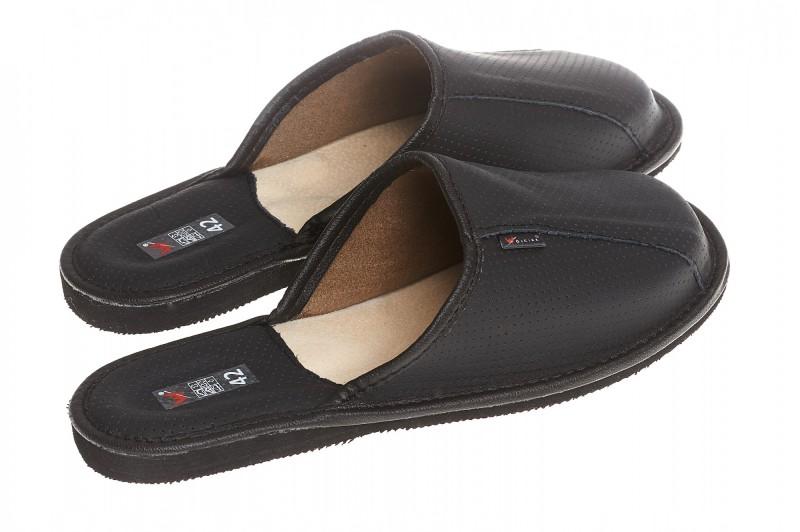 Pantofle męskie model 247 - 2