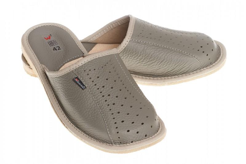 Pantofle męskie model 248 - 1