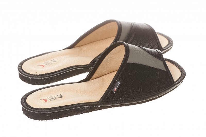 Pantofle męskie model 251 - 2