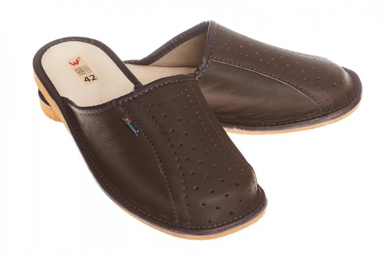 Pantofle męskie model 252 - 1