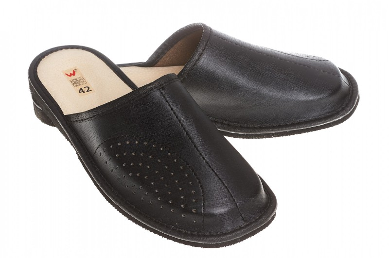 Pantofle męskie model 257 - 1