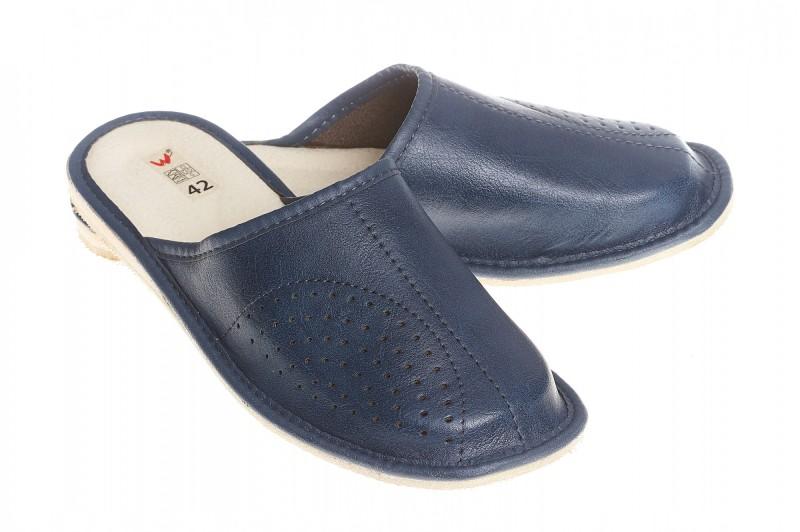 Pantofle męskie model 258 - 1