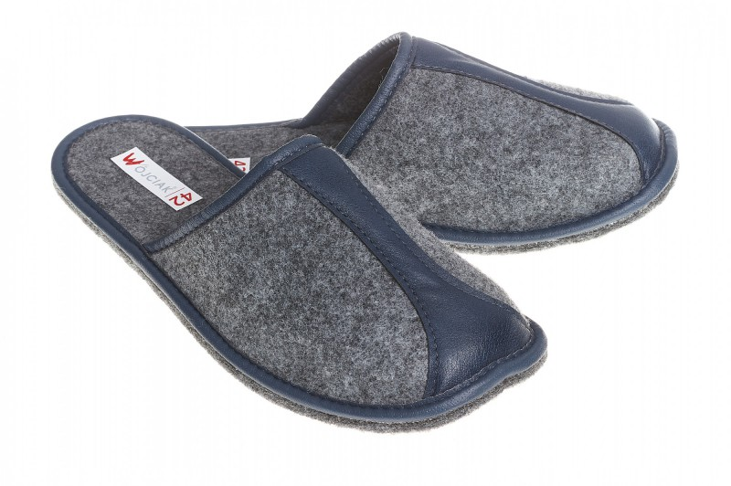 Pantofle męskie model 284 - 1